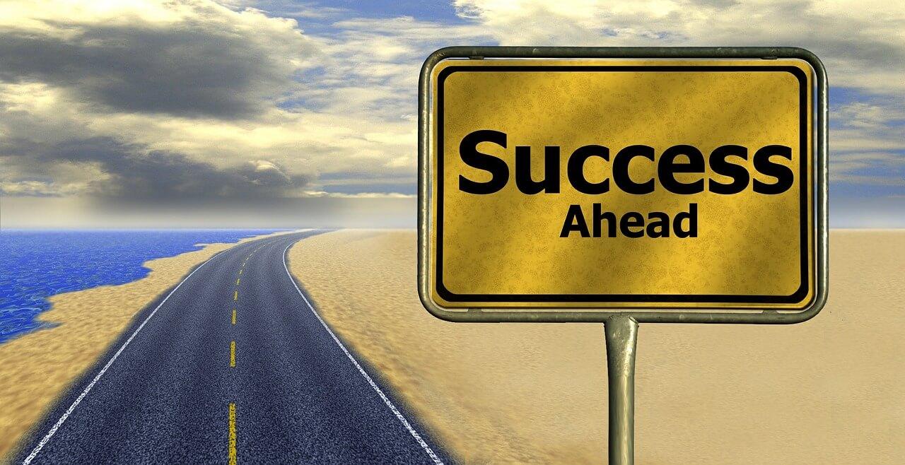 Erfolg voraus!